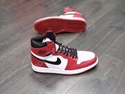 Кроссовки Air Jordan 1 High Red White Black